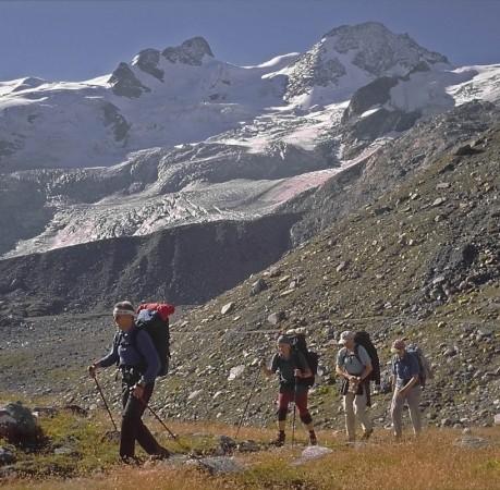 Foto vom Weg zur Coaz-Hütte auf dem Berninatrek in der Schweiz