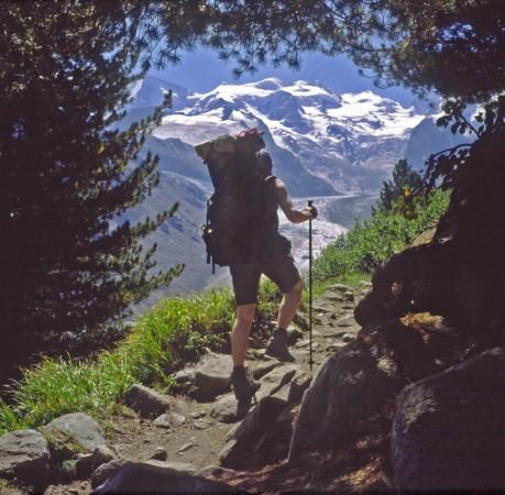 Foto vom Aufstieg zur Bovalhütte auf dem Berninatrek in der Schweiz