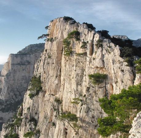 Foto von Kletterfelsen in den Calanques (Südfrankreich)