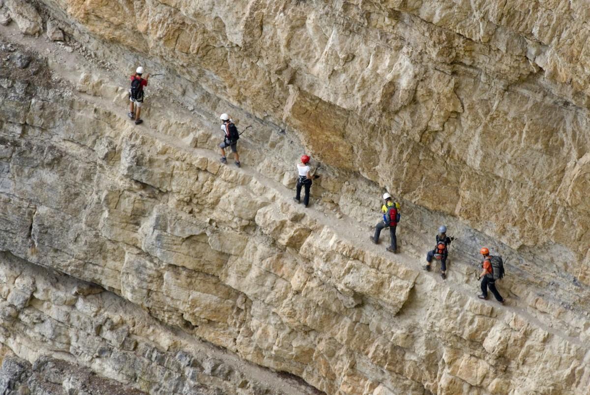 Klettersteig Arco : Klettersteige arco leichte kletterroute in gutem fels