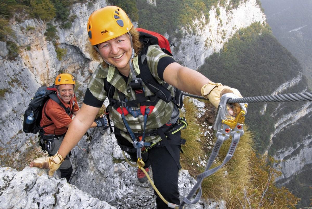 Klettersteigset Unterschiedlich Lang : Klettersteige hoch über dem gardasee » carpe diem