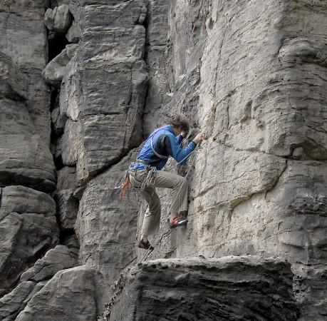 Foto von einem Kletterfelsen im Bielatal in der Sächsichen Schweiz