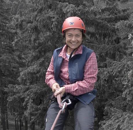 Foto vom Abseilen beim Kletterkurs in Thüringen