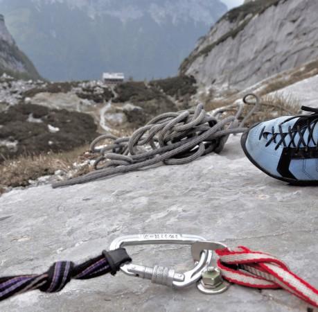 Foto von guter Sicherung beim Kletterkurs in den Berchtesgadener Alpen