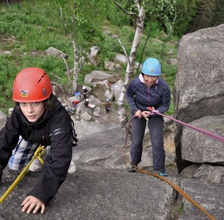 Foto vom Auf und Ab beim Kletterkurs im Harz