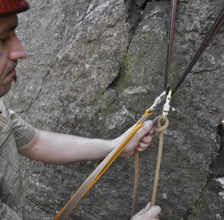 Foto von Selbsicherung und Partnersicherung beim Kletterkurs im Harz