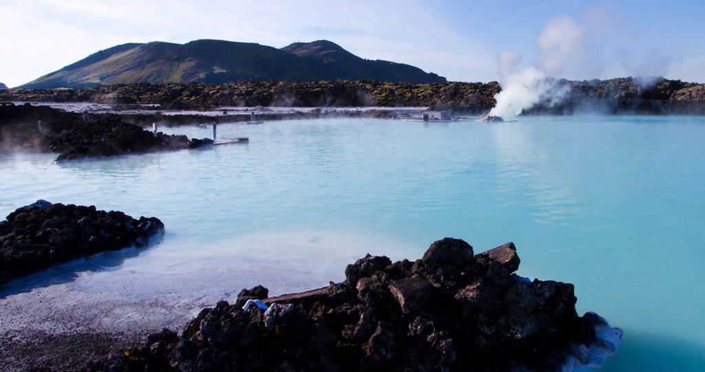 In der Landessprache heißt der gesunde Badeort Bláa Lónið.