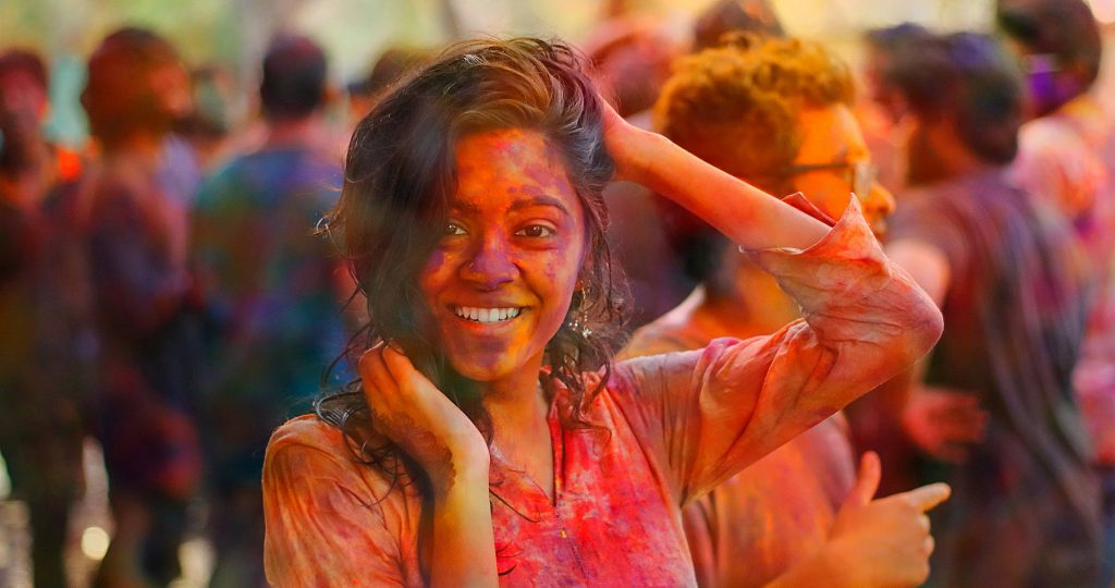 Ob Holi oder anderes großes Fest in Nepal - wir haben Informationen zu Festtagen aus Hinduismus und Buddhismus für Sie zusammengetragen.